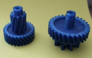 Двойная шестеренка из прочного пластика PETT.