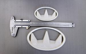 Логотип напечатан из резины